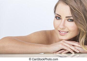 美しい, 休む, 微笑の 女性, 手