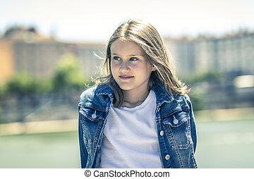 肖像画, 女の子, 屋外, 若い