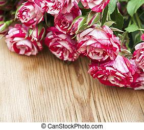 花束, テーブル, ばら, 木製である