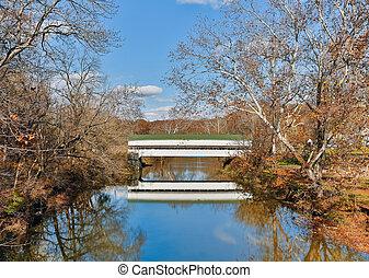 覆われた 橋, westport, インディアナ