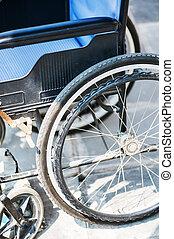 車椅子, 人々はなし