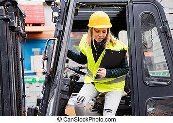 運転手, 女性, トラック, warehouse., 外, フォークリフト