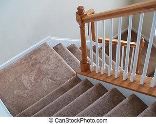 階段, カーペットを敷かれる