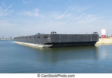 黒, てんま船