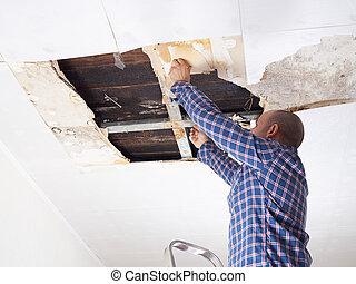 ceiling., 人, 倒れられる, 修理
