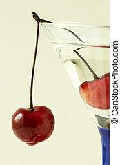 cocktail(focus, cherry)