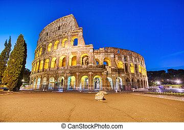 colosseum, 照らされた, 夕闇, ローマ
