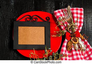 cutlery, 黒, 木製である, checkered, ナプキン, クリスマス, 白, バックグラウンド。, 赤, プレート。, 美しい