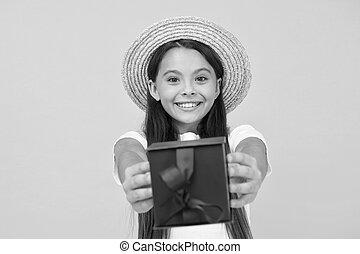 friday., 贈り物, 休日, プレゼント, 割引, 余分, 出産, 黒, boxes., 祝福, ボーナス, 幸せ, sales., 買い物, childhood., girl., プレゼント, 十代, you., concept., birthday, 夏