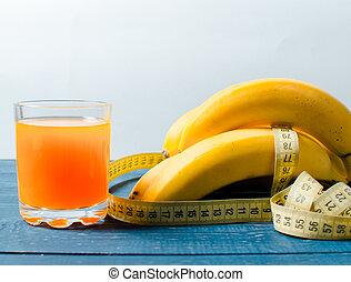 loss., バナナ, 重量, ジュース, 木製である, バックグラウンド。, テープ, 食物, measure., オレンジ